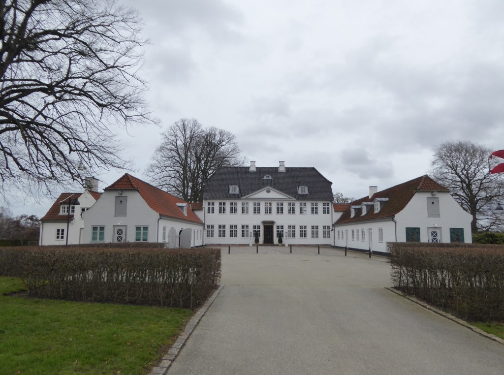 The mansion Marienborg of Copenhagen which is used as residence for the Danish prime minister and for representative purposes. It is usually closed for the public but after a renovation it was possible to take part in a conducted tour during a weekend.